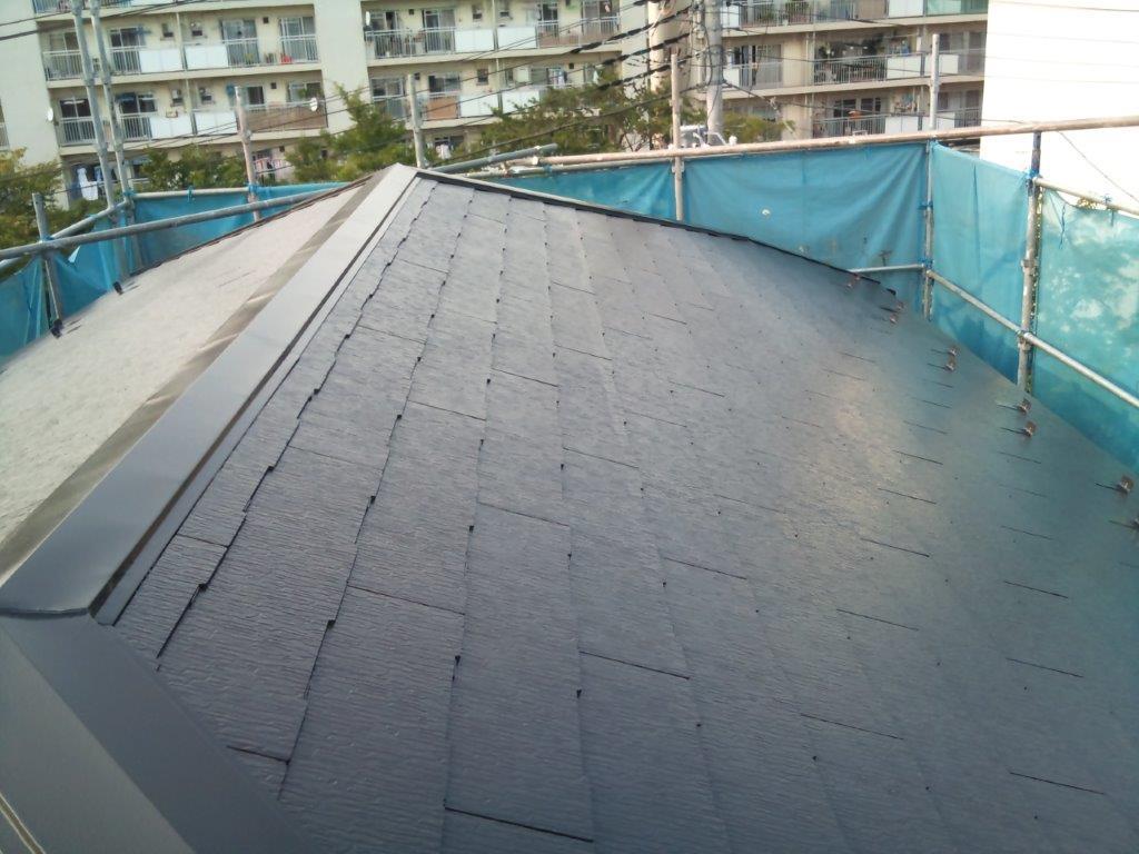 屋根の中塗り修了