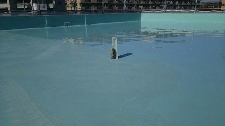 ウレタン防水2層目の塗布