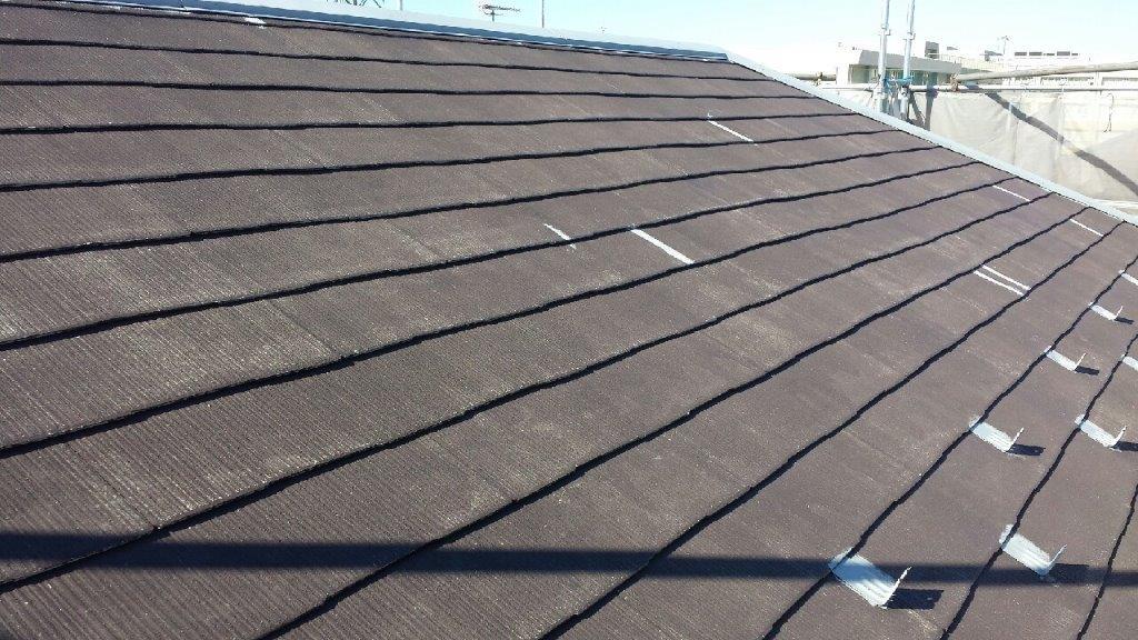 屋根の下塗り修了