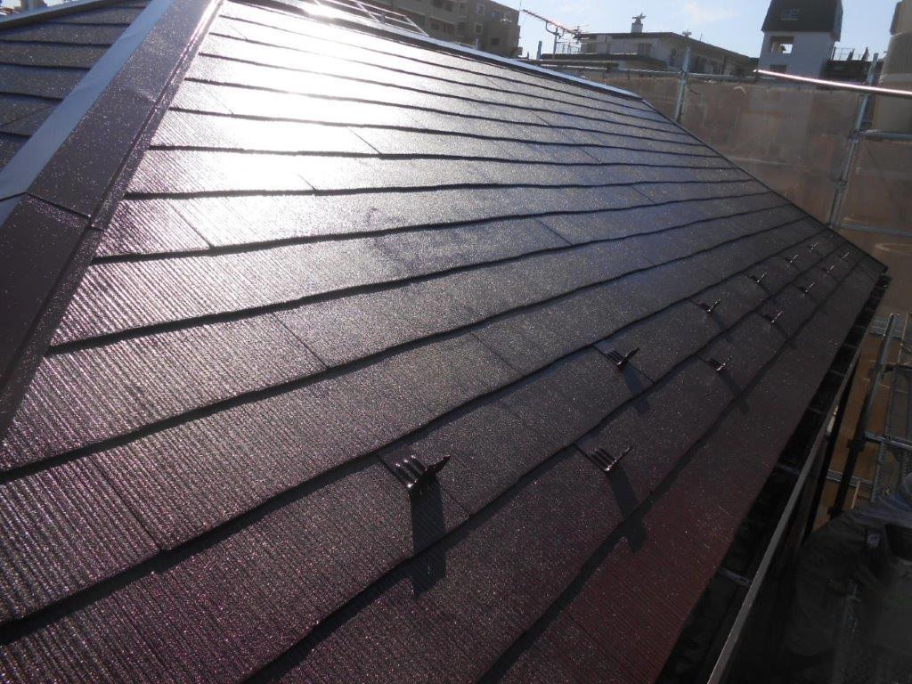 屋根の上塗り修了