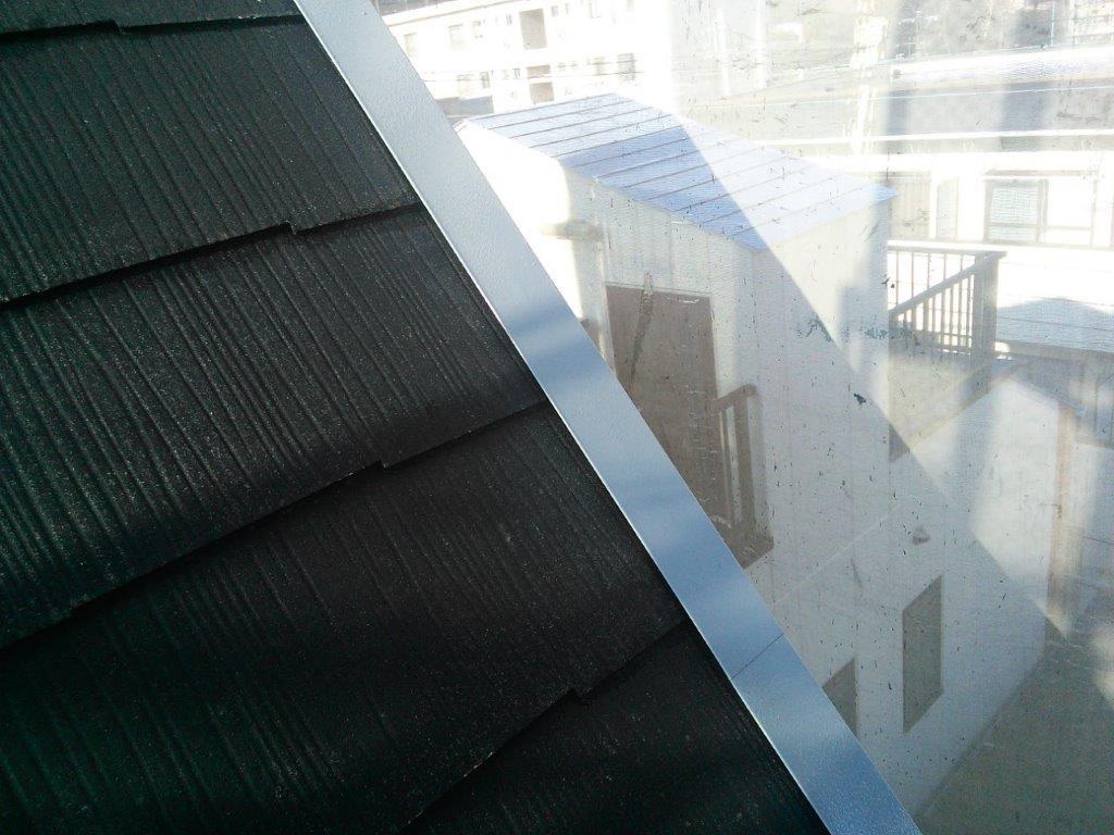 屋根 板金部の下塗り修了