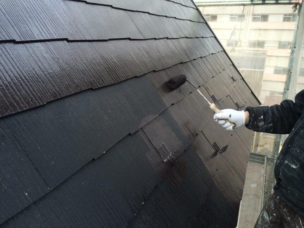 屋根の中塗り