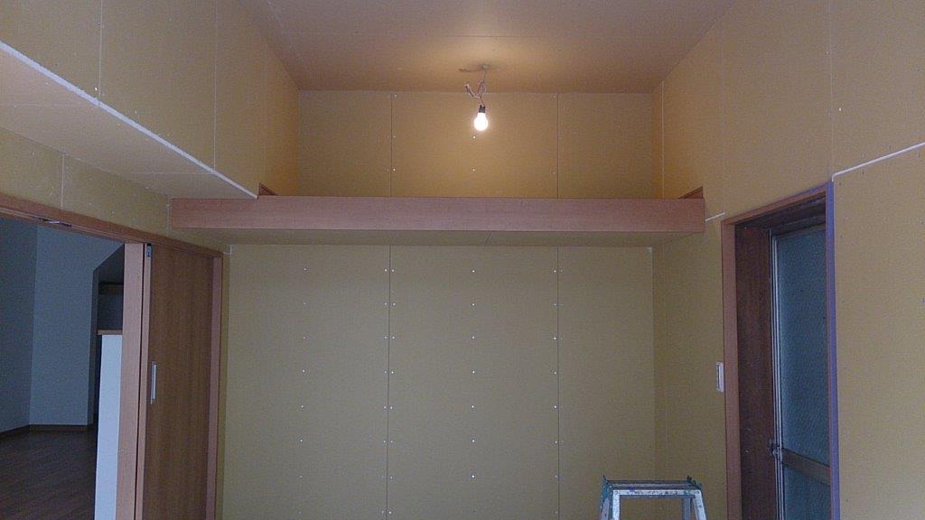 天井壁の塗装前