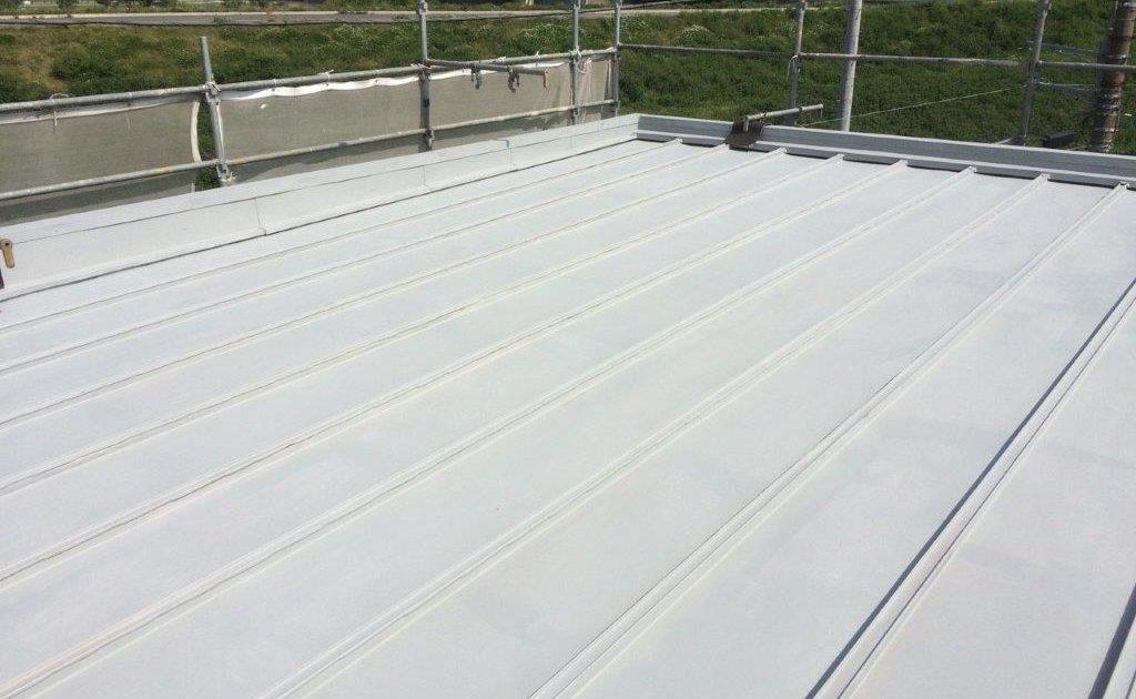 大屋根の下塗り塗装 修了