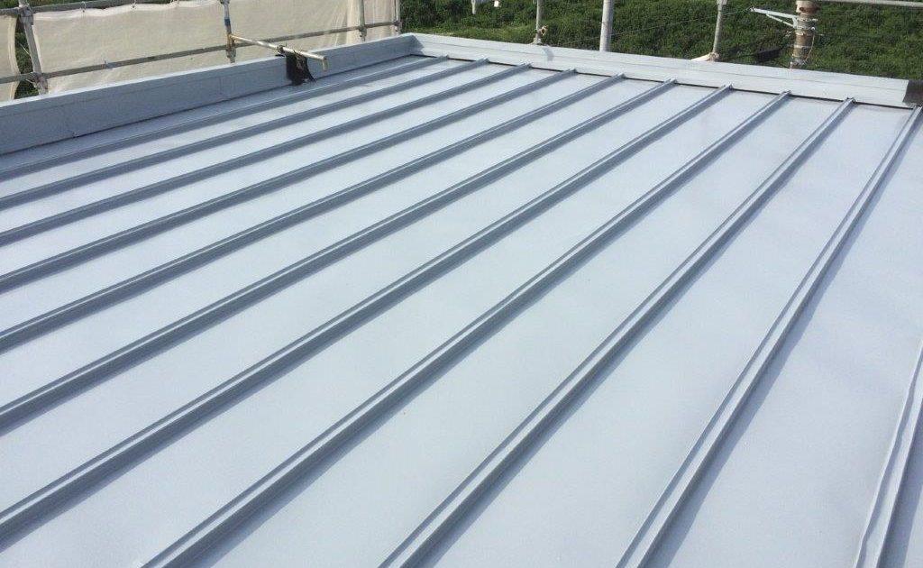 大屋根の上塗り塗装 修了