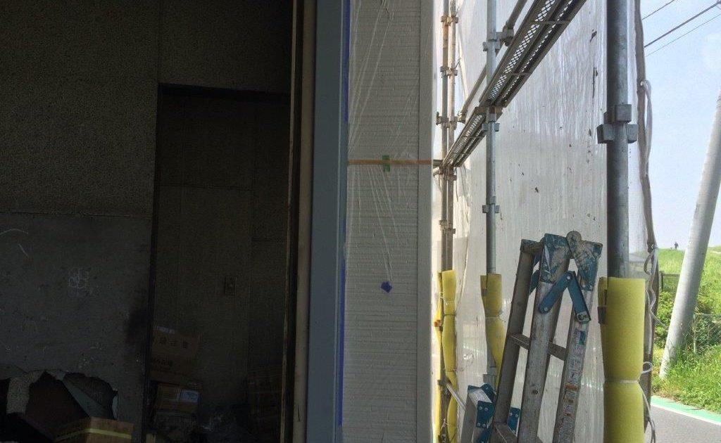 ガイドレールの下塗り塗装 修了