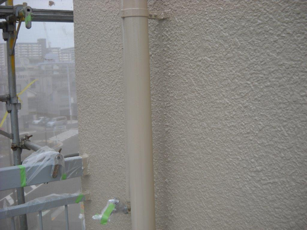 雨樋の中塗り塗装 修了