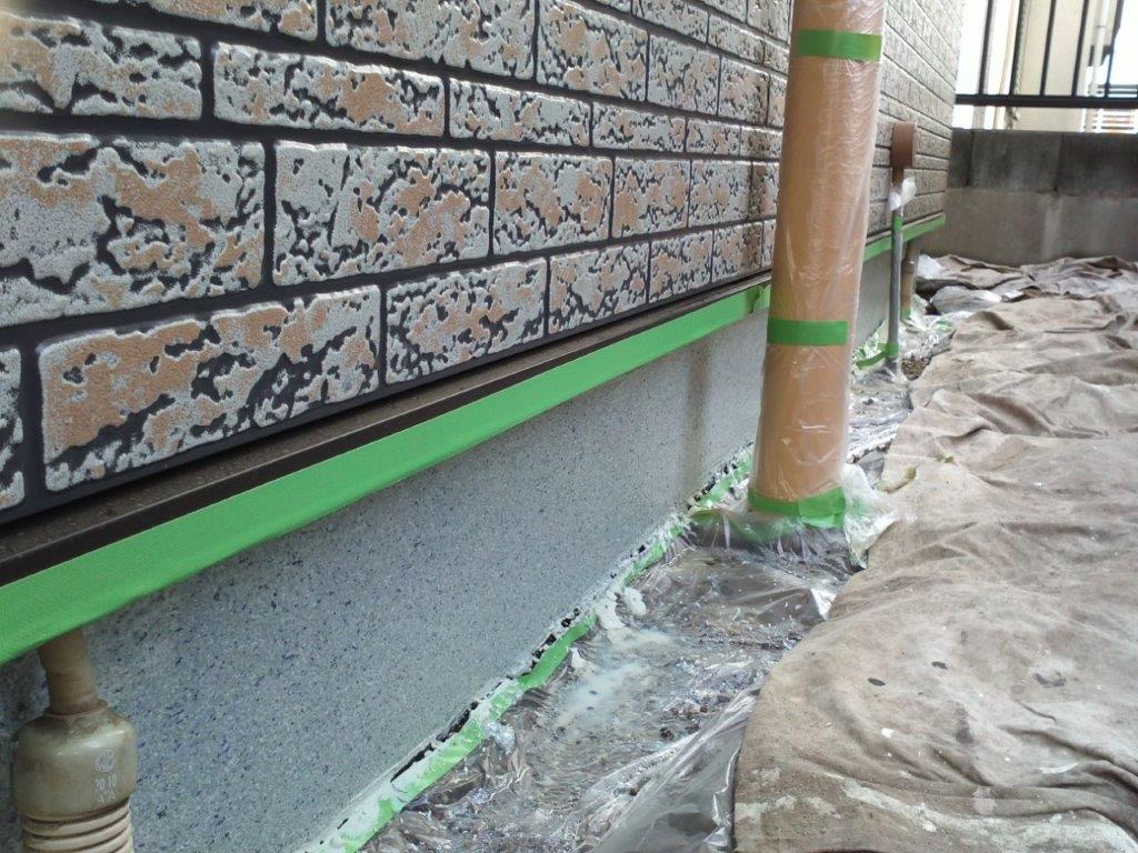 基礎の立ち上がり 上塗り塗装後