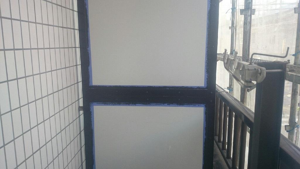 パーテーションの上塗り塗装 修了