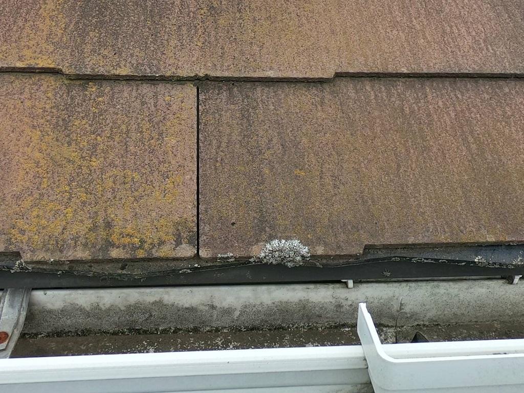 欠損した屋根材