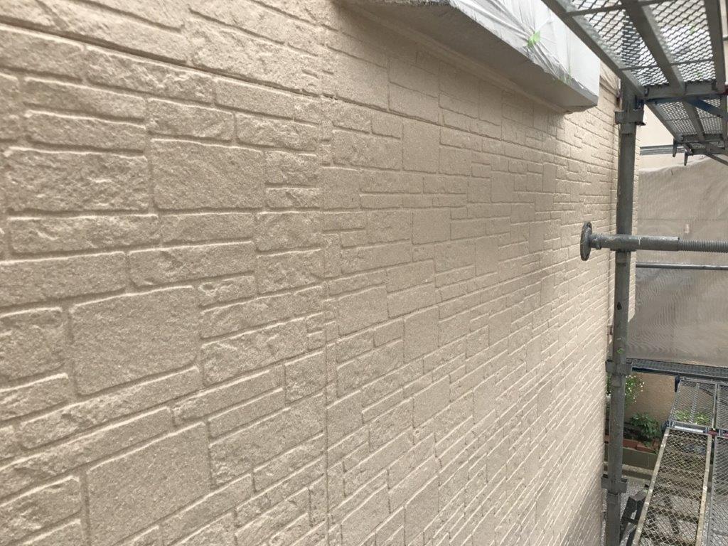 外壁の上塗り塗装 修了