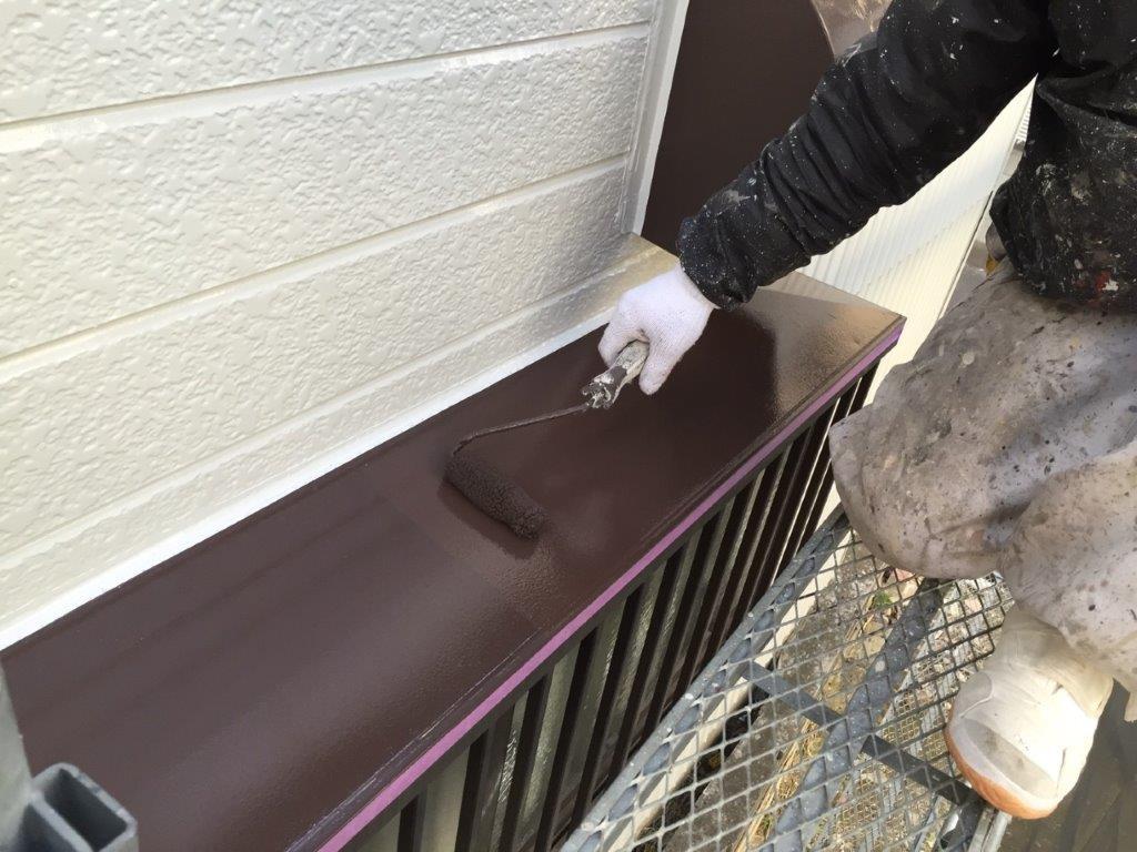 雨除けの上塗り塗装