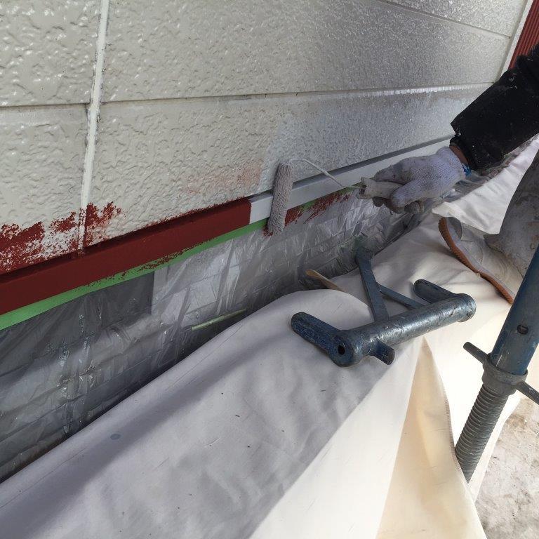 水切りの中塗り塗装