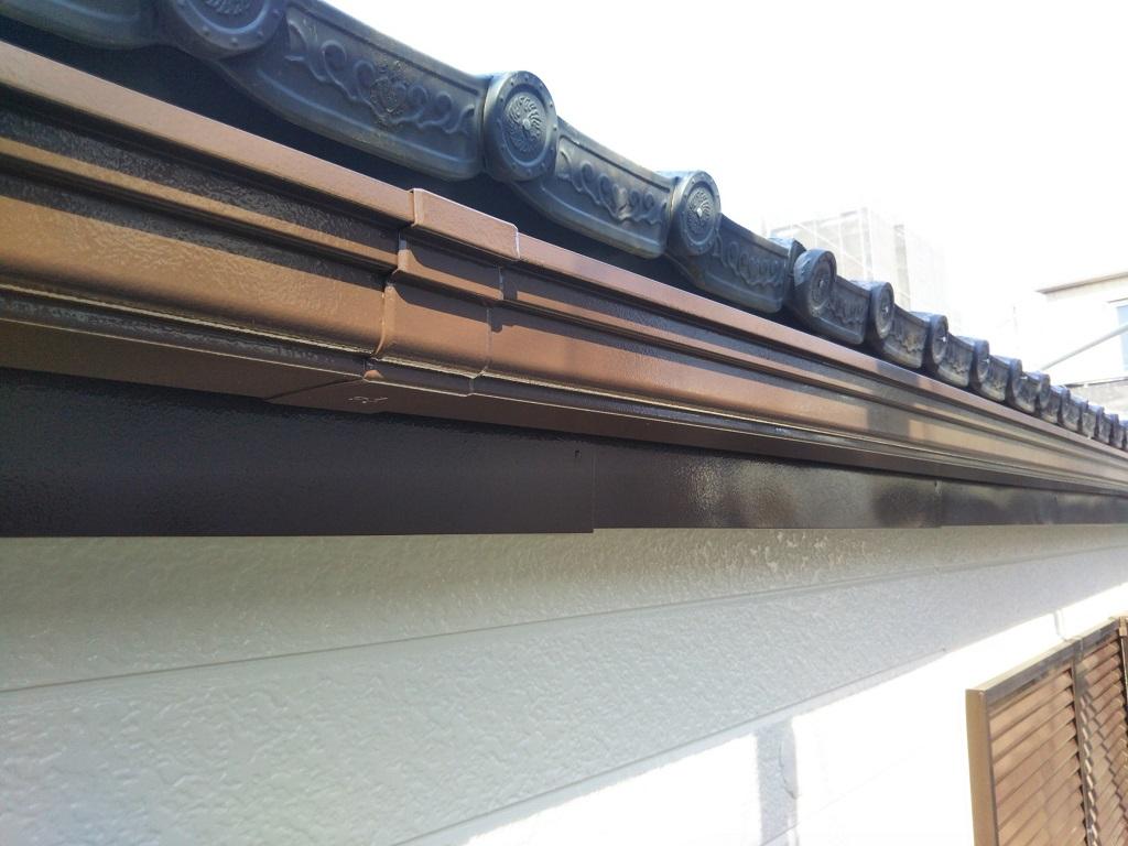 横樋の上塗り塗装修了