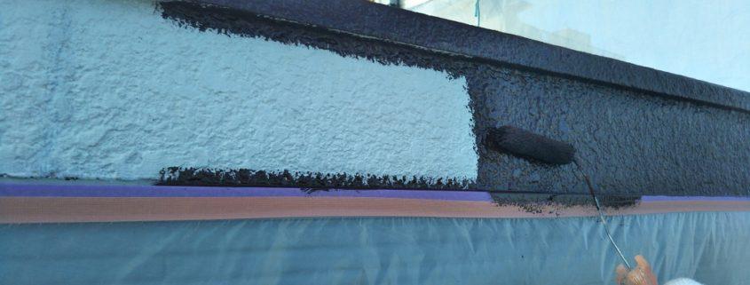 破風板の中塗り塗装