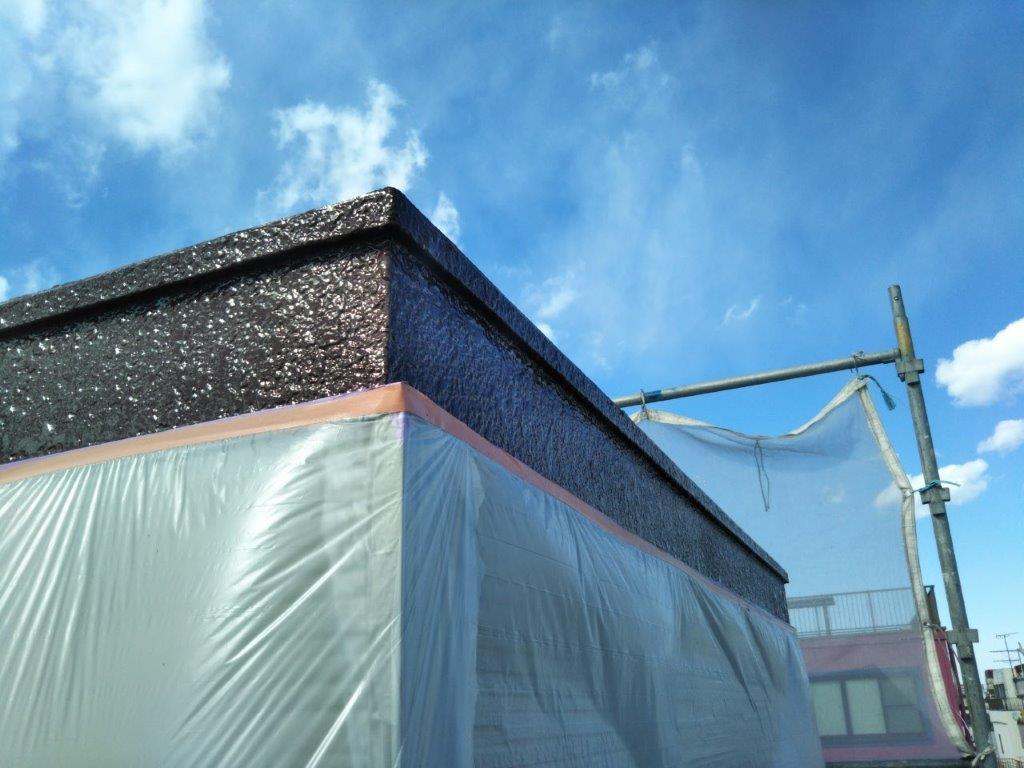上塗り後の破風板