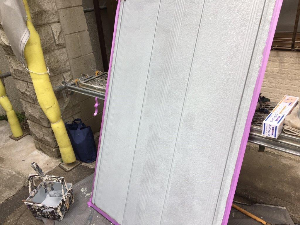 雨戸の下塗り塗装 完了
